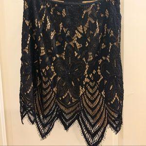 Lace mini bodycon skirt
